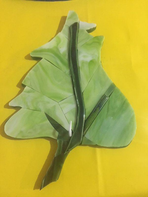 yeşil yaprak askılık